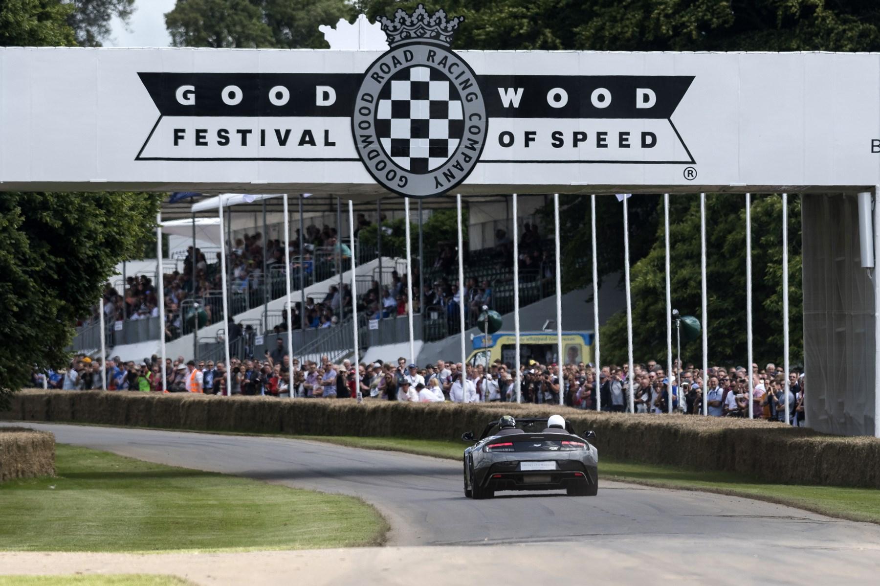 160701astonmartin_goodwood_festival_of_speed