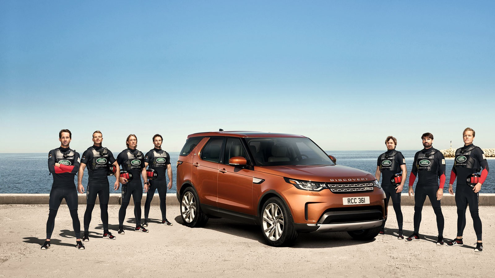1704landrover-discovery-first-edition
