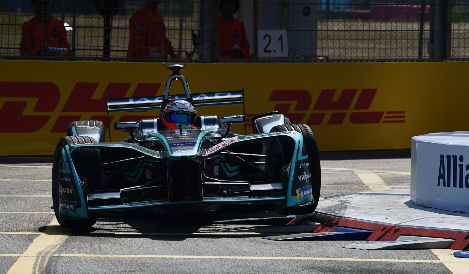 2017/2018 FIA Formula E Championship. Round 2 - Hong Kong, China. Sunday 03 November 2017. Mitch Evans (NZL), Panasonic Jaguar Racing, Jaguar I-Type II. Photo: Mark Sutton/LAT/Formula E ref: Digital Image DSC_4643