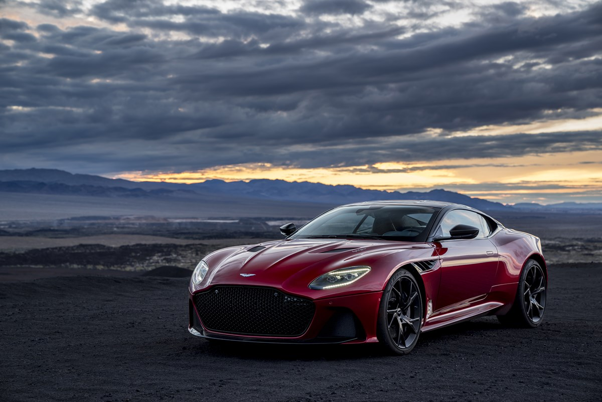 180628_aston-martin_DBS_superleggera
