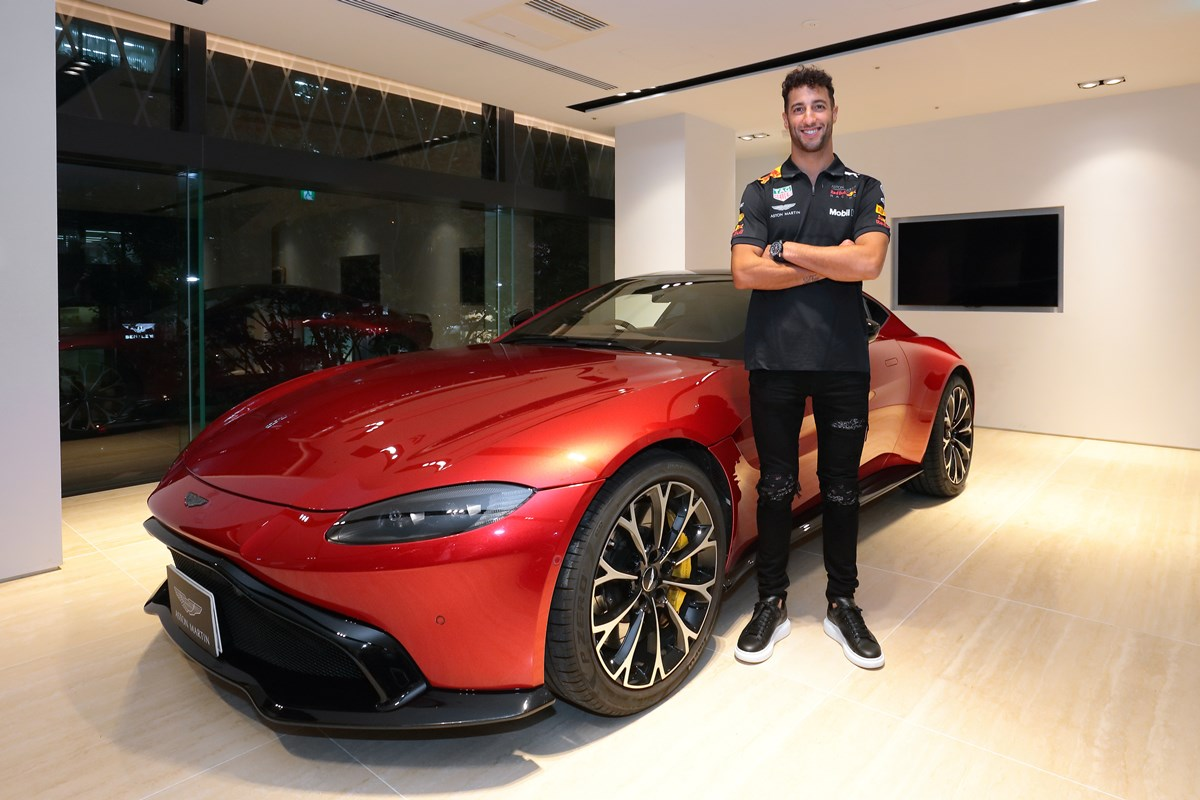 181009_aston_marin_F1_exclusive_event