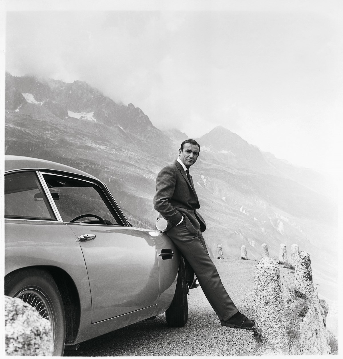 181009_aston_martin_DB5_james_bond