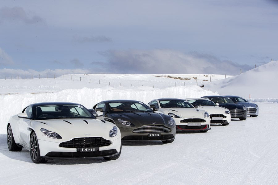 181206_aston_martin_on_ice