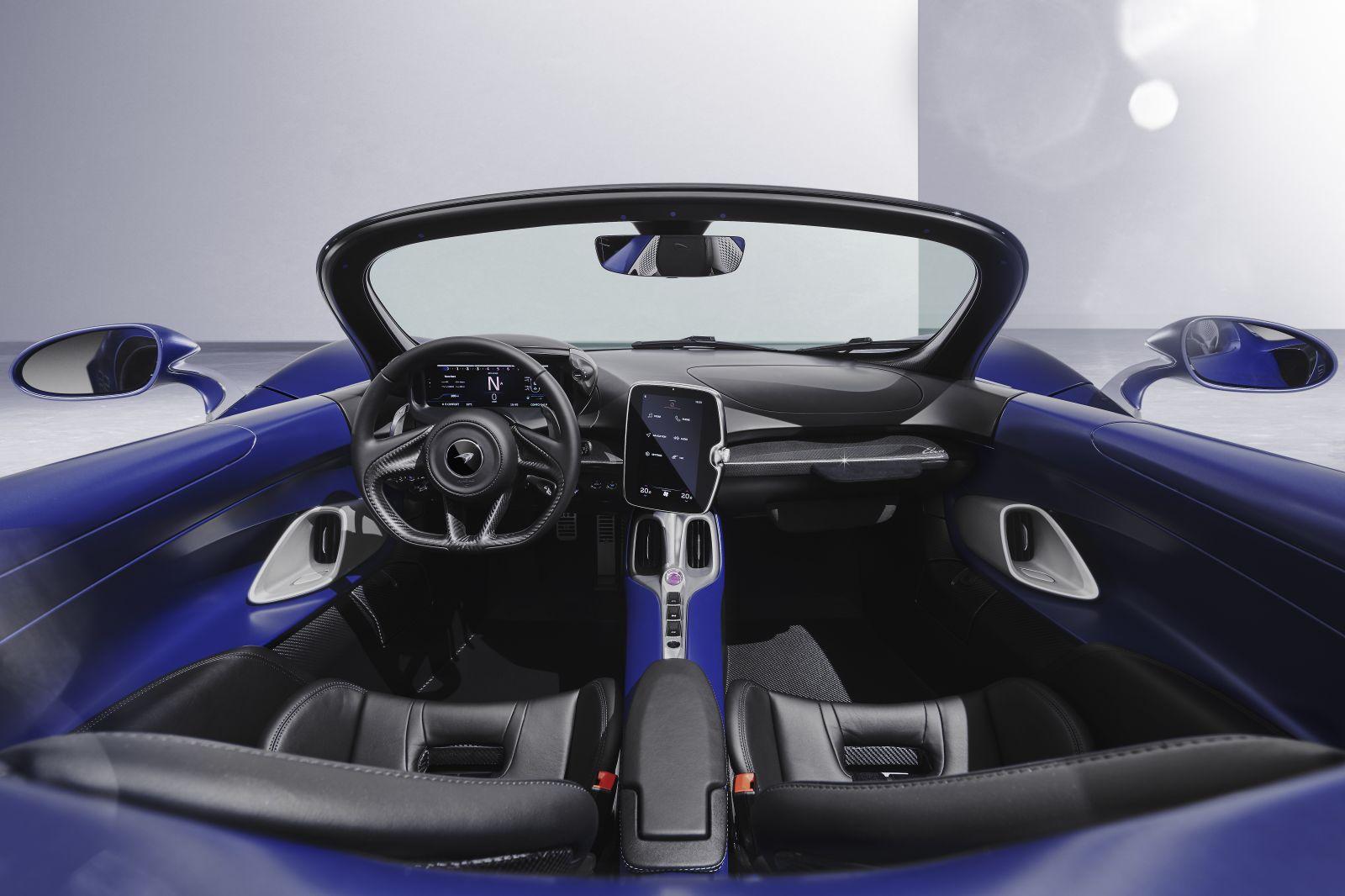 210528_McLaren-Elva02